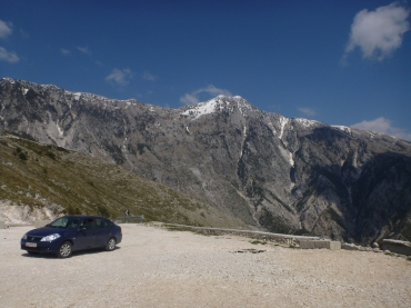 The little rental car made it to he top of the pass!